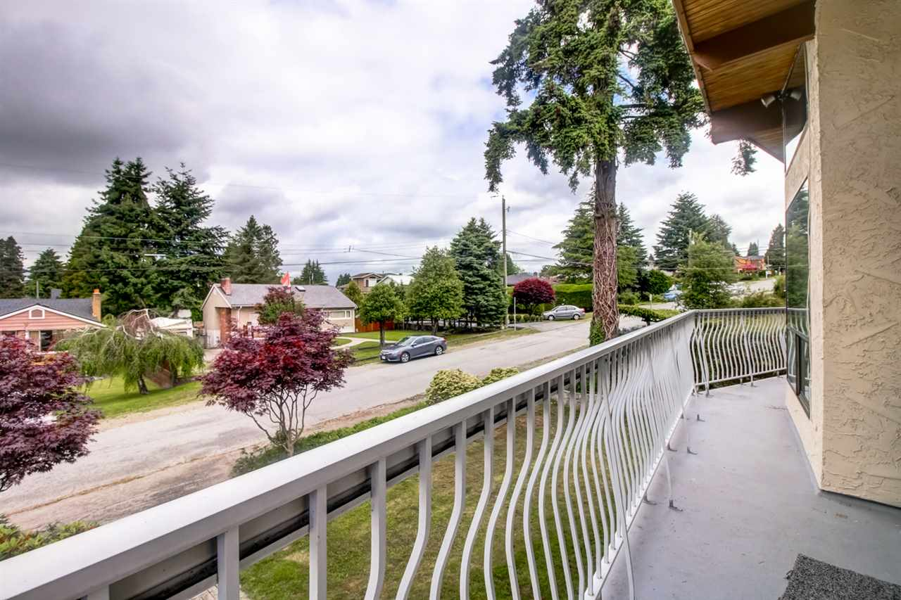 Detached at 4918 HARDWICK STREET, Burnaby South, British Columbia. Image 18