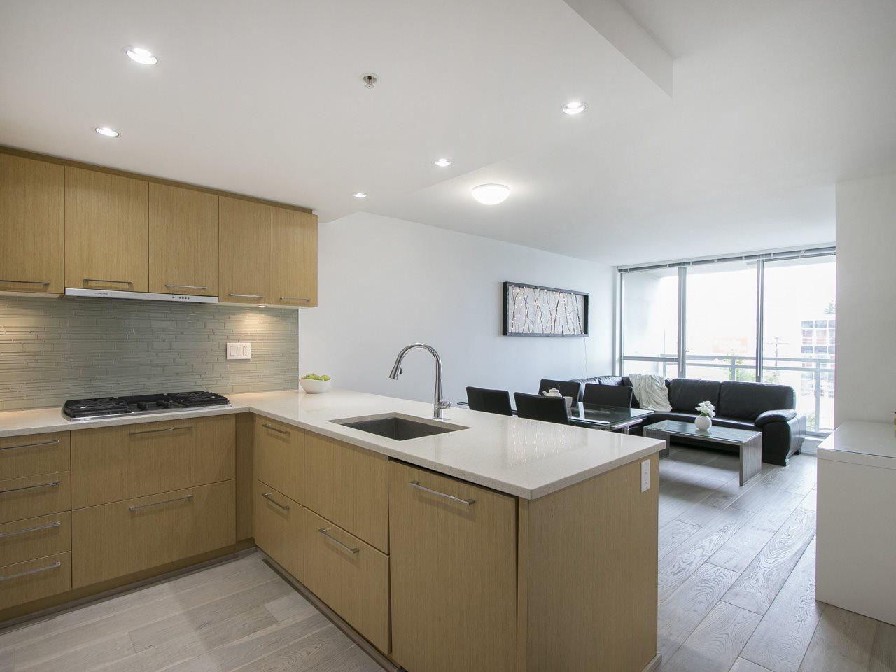 Condo Apartment at 310 1680 W 4TH AVENUE, Unit 310, Vancouver West, British Columbia. Image 2