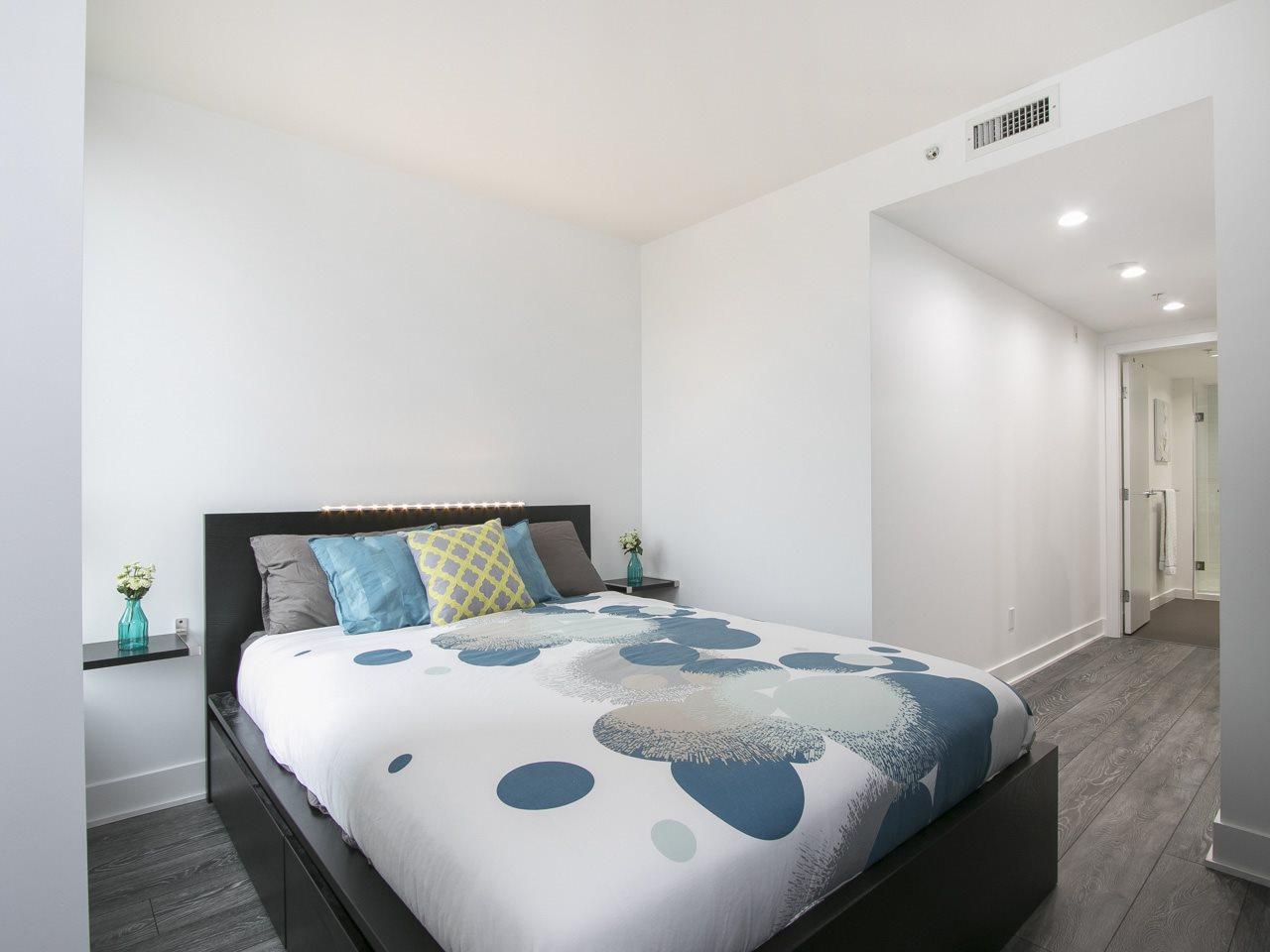 Condo Apartment at 310 1680 W 4TH AVENUE, Unit 310, Vancouver West, British Columbia. Image 14