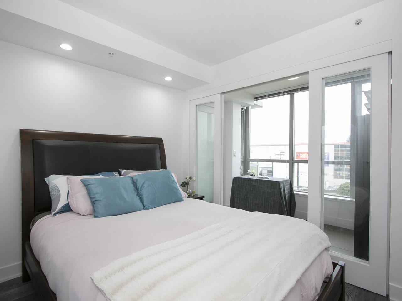 Condo Apartment at 310 1680 W 4TH AVENUE, Unit 310, Vancouver West, British Columbia. Image 16