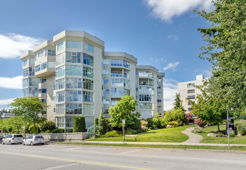 Condo Apartment at 114 1442 FOSTER STREET, Unit 114, South Surrey White Rock, British Columbia. Image 2