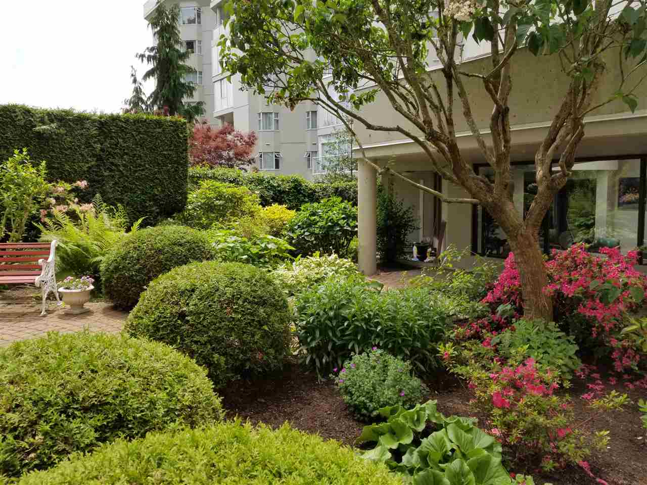 Condo Apartment at 114 1442 FOSTER STREET, Unit 114, South Surrey White Rock, British Columbia. Image 16