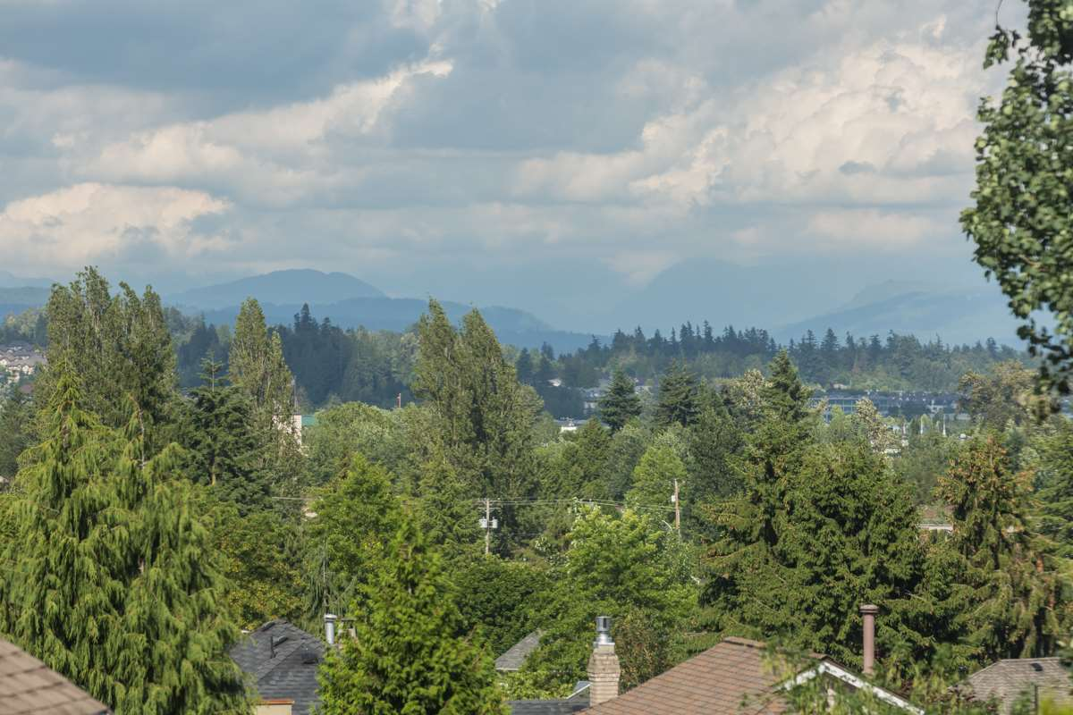 Detached at 18973 58TH AVENUE, Cloverdale, British Columbia. Image 16