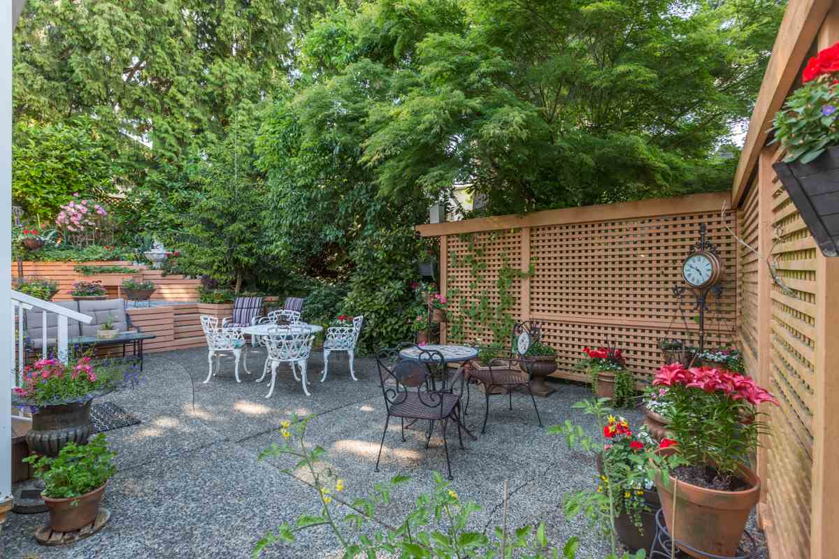 Detached at 18973 58TH AVENUE, Cloverdale, British Columbia. Image 17