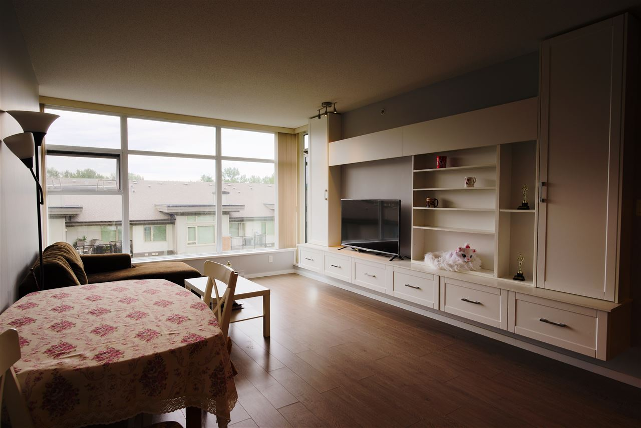 Condo Apartment at 601 3102 WINDSOR GATE, Unit 601, Coquitlam, British Columbia. Image 7