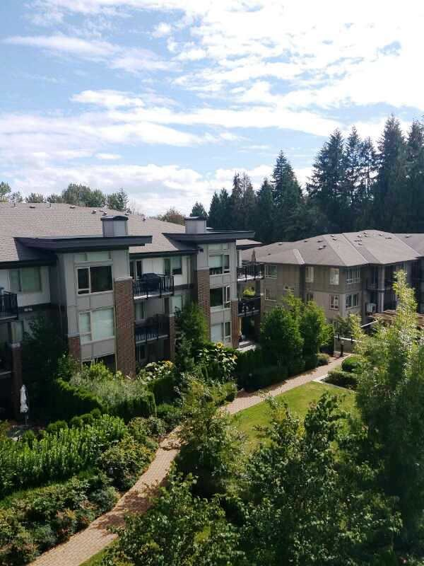 Condo Apartment at 601 3102 WINDSOR GATE, Unit 601, Coquitlam, British Columbia. Image 16