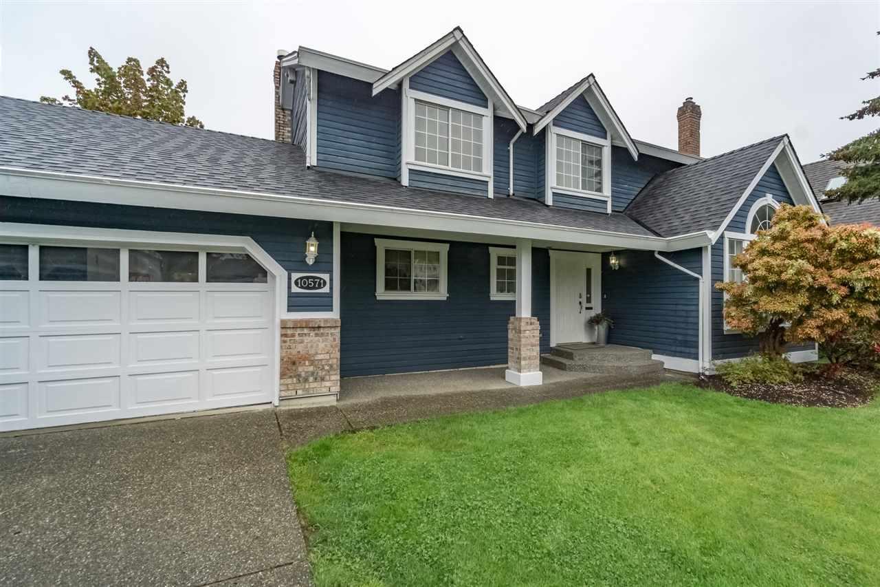 Detached at 10571 164 STREET, North Surrey, British Columbia. Image 2