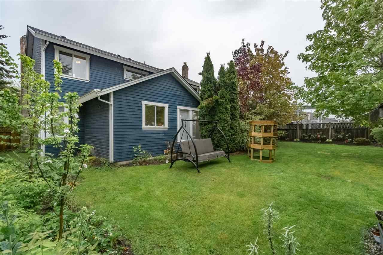 Detached at 10571 164 STREET, North Surrey, British Columbia. Image 17
