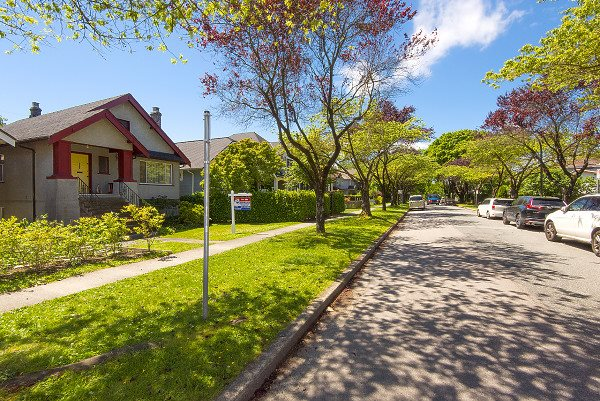 Detached at 560 W 19TH AVENUE, Vancouver West, British Columbia. Image 3
