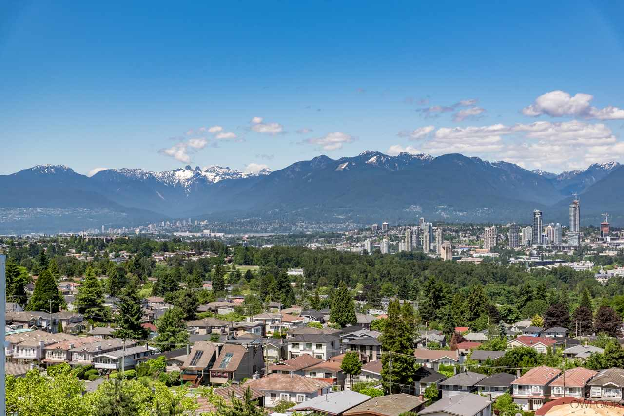 Condo Apartment at 1202 6055 NELSON AVENUE, Unit 1202, Burnaby South, British Columbia. Image 2