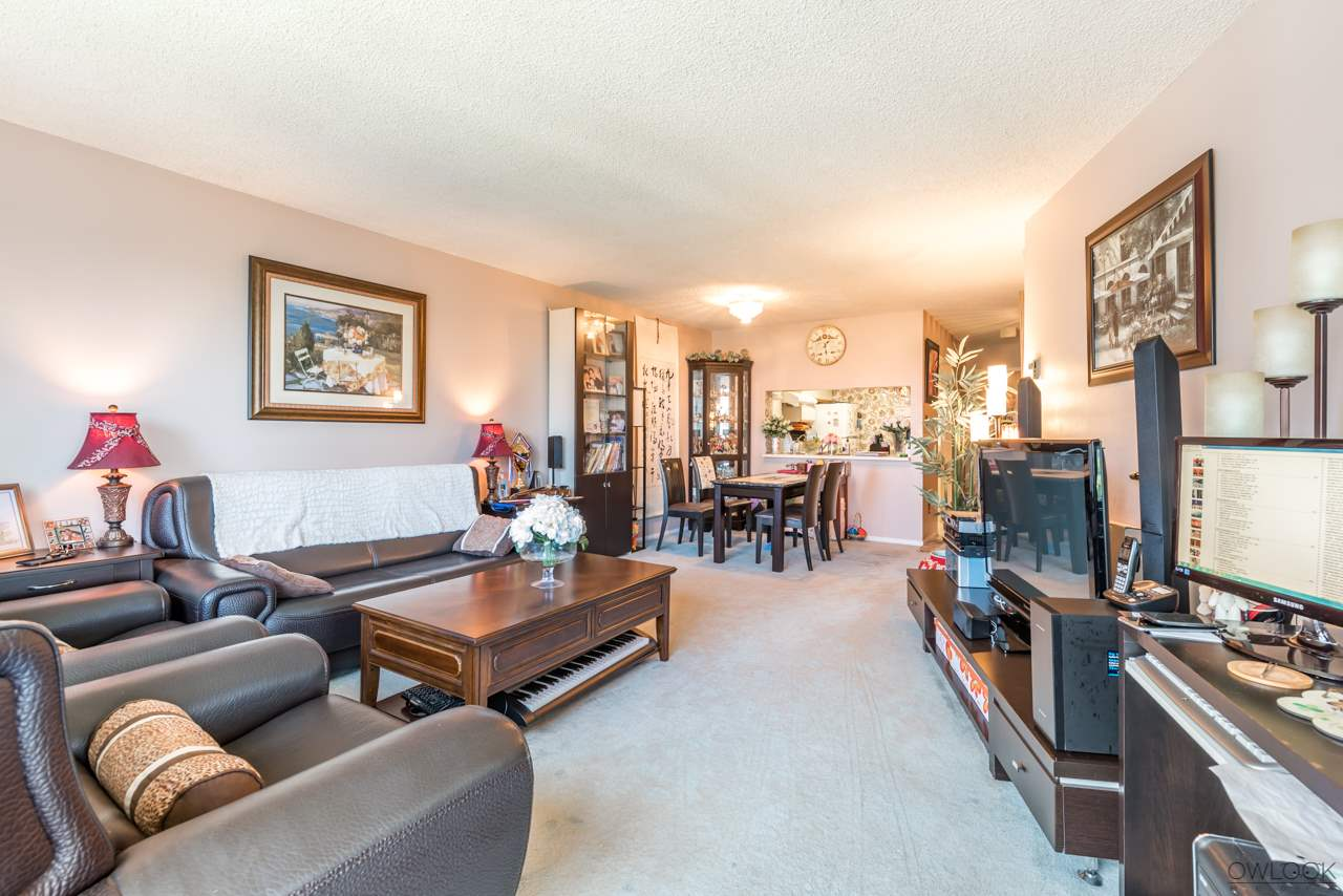 Condo Apartment at 1202 6055 NELSON AVENUE, Unit 1202, Burnaby South, British Columbia. Image 5