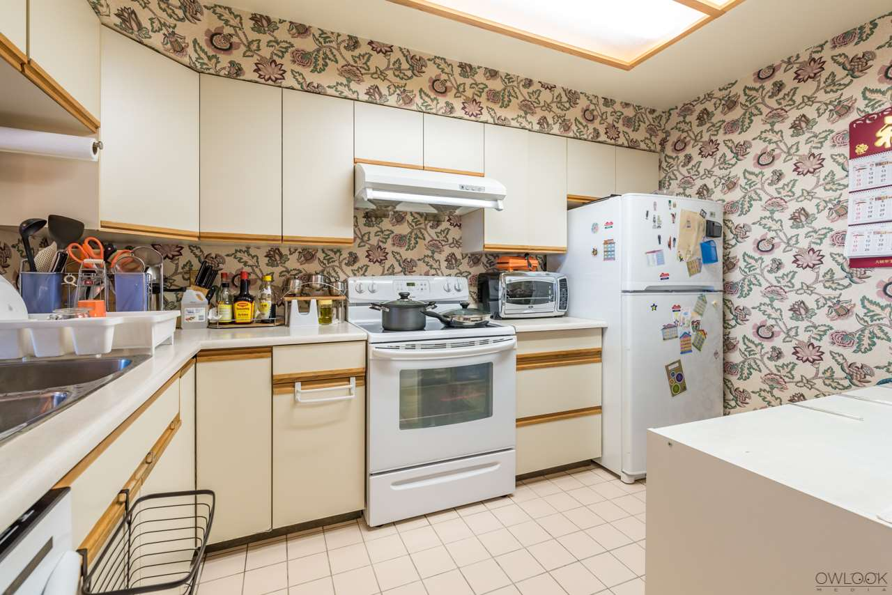 Condo Apartment at 1202 6055 NELSON AVENUE, Unit 1202, Burnaby South, British Columbia. Image 8