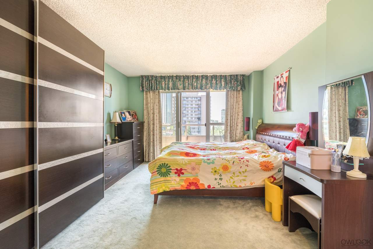 Condo Apartment at 1202 6055 NELSON AVENUE, Unit 1202, Burnaby South, British Columbia. Image 10