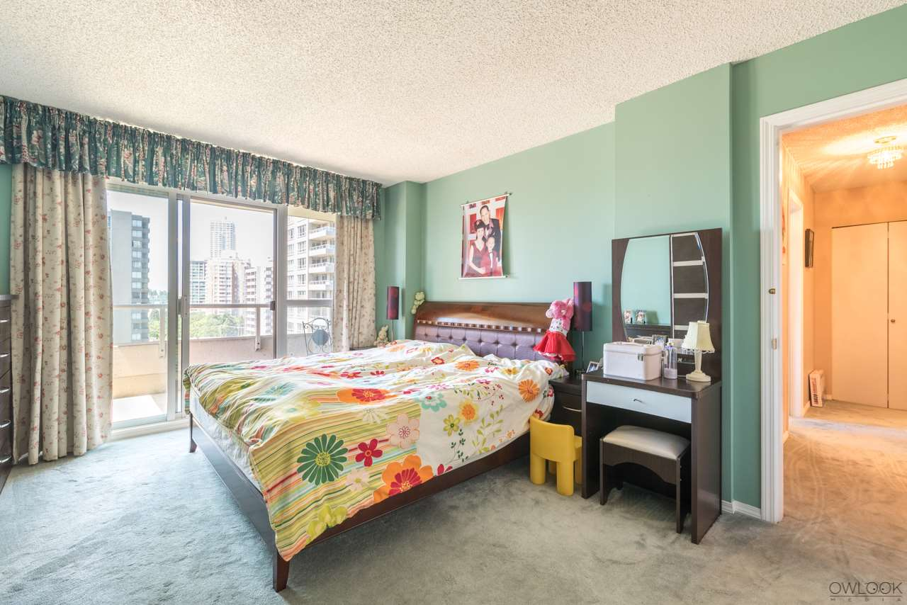 Condo Apartment at 1202 6055 NELSON AVENUE, Unit 1202, Burnaby South, British Columbia. Image 15