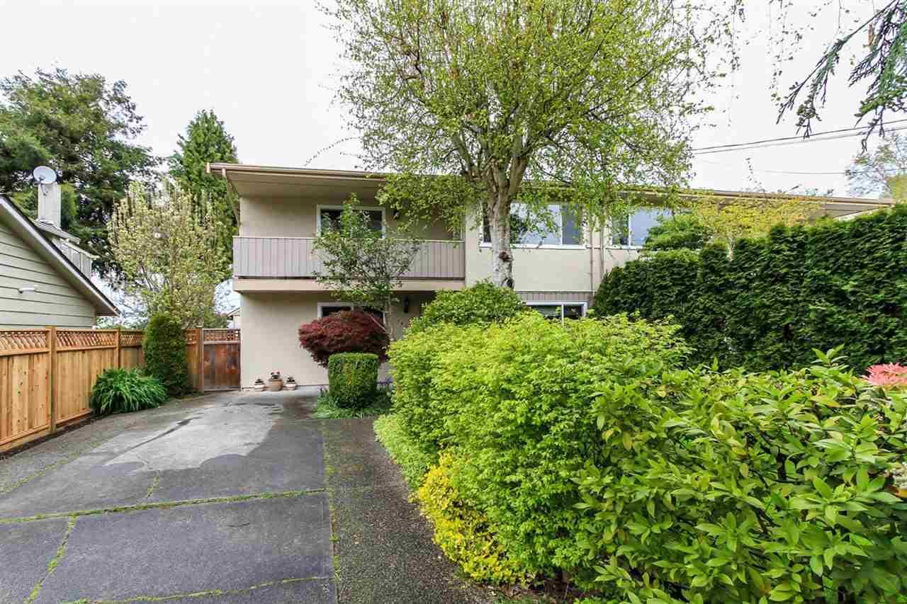 Half-duplex at 5855 17A AVENUE, Tsawwassen, British Columbia. Image 1
