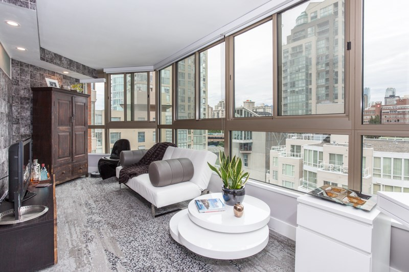 Condo Apartment at 1001 1625 HORNBY STREET, Unit 1001, Vancouver West, British Columbia. Image 6
