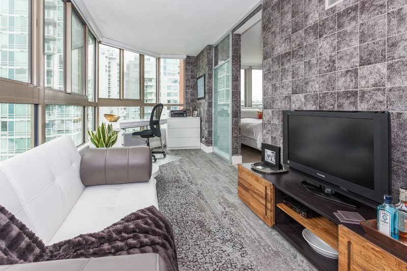 Condo Apartment at 1001 1625 HORNBY STREET, Unit 1001, Vancouver West, British Columbia. Image 7