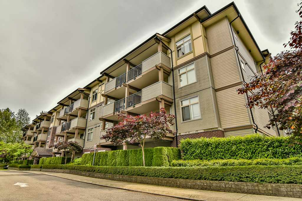 Condo Apartment at 103 10088 148 STREET, Unit 103, North Surrey, British Columbia. Image 1