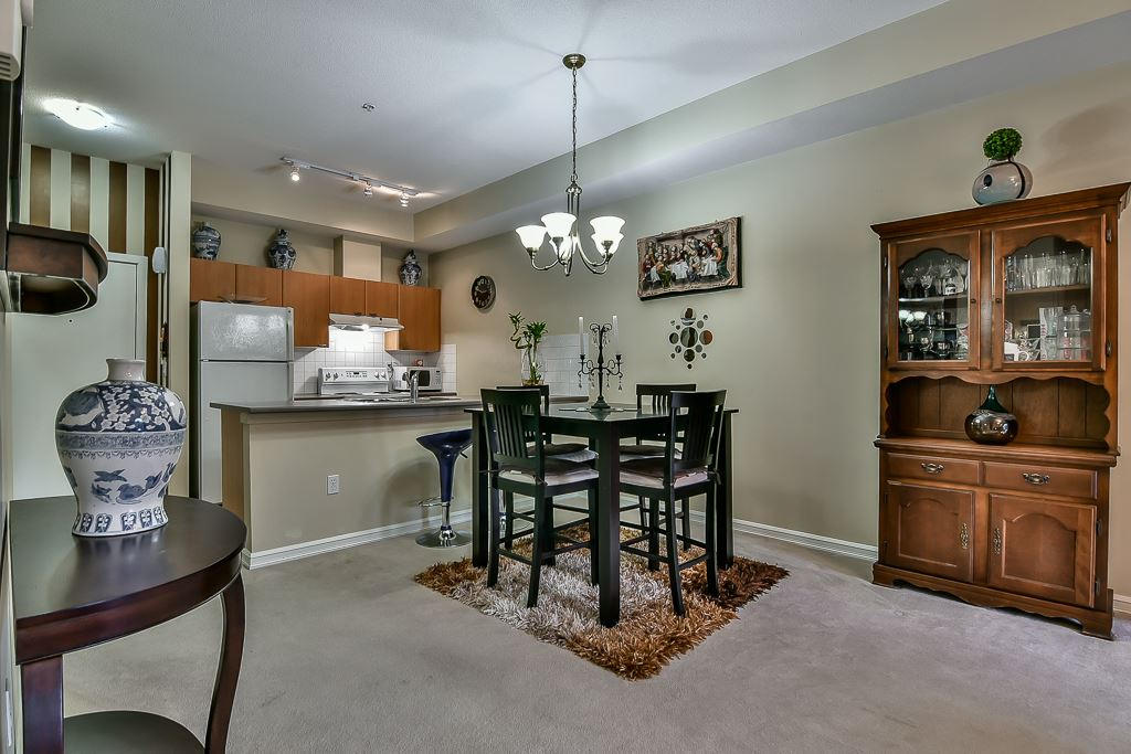 Condo Apartment at 103 10088 148 STREET, Unit 103, North Surrey, British Columbia. Image 7