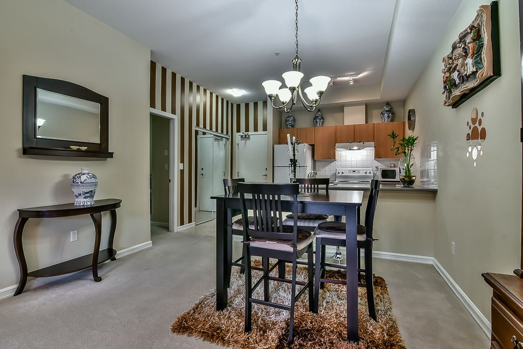 Condo Apartment at 103 10088 148 STREET, Unit 103, North Surrey, British Columbia. Image 8