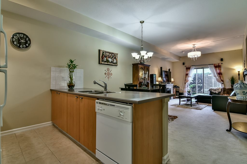 Condo Apartment at 103 10088 148 STREET, Unit 103, North Surrey, British Columbia. Image 11