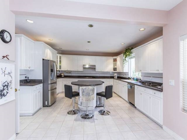 Detached at 5788 BUCKINGHAM AVENUE, Burnaby South, British Columbia. Image 7