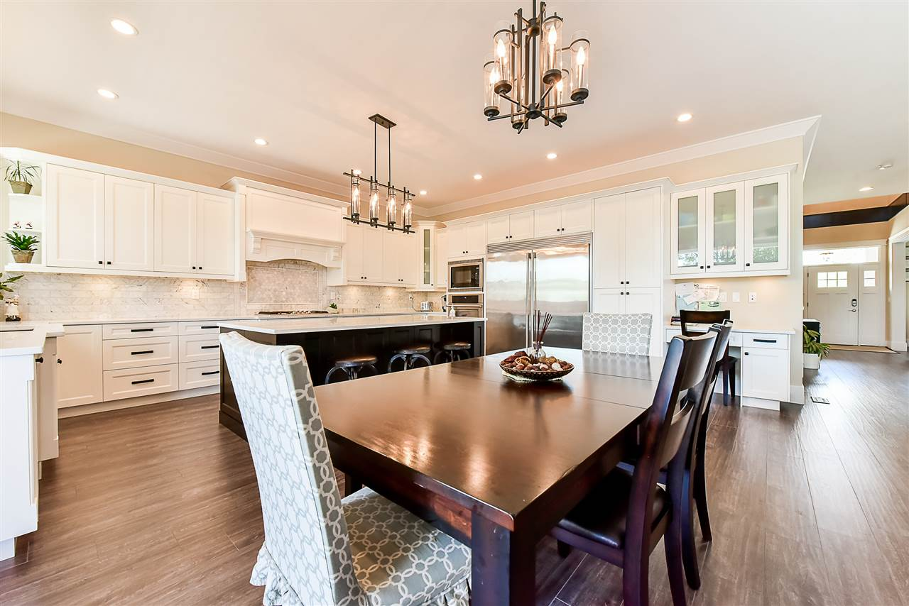 Detached at 33642 ST OLAF AVENUE, Abbotsford, British Columbia. Image 8