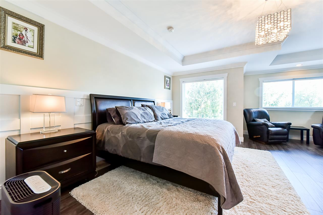 Detached at 33642 ST OLAF AVENUE, Abbotsford, British Columbia. Image 10