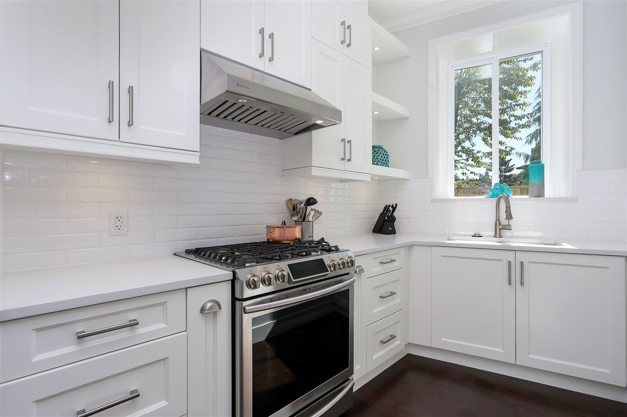 Detached at 4817 BAYTREE COURT, Burnaby South, British Columbia. Image 8
