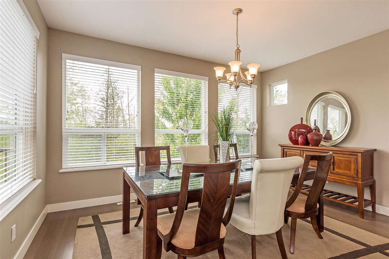 Detached at 7065 177A STREET, Cloverdale, British Columbia. Image 6
