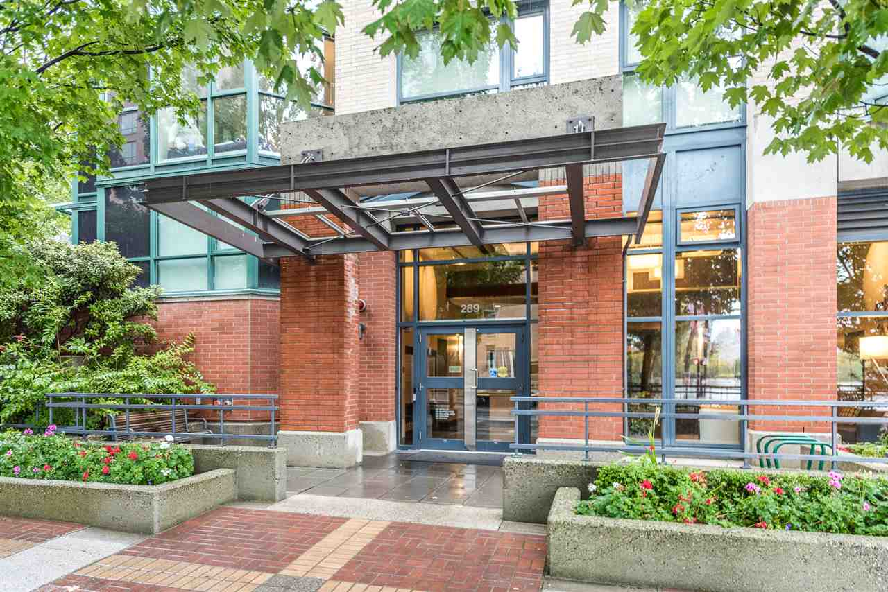 Condo Apartment at 1805 289 DRAKE STREET, Unit 1805, Vancouver West, British Columbia. Image 15