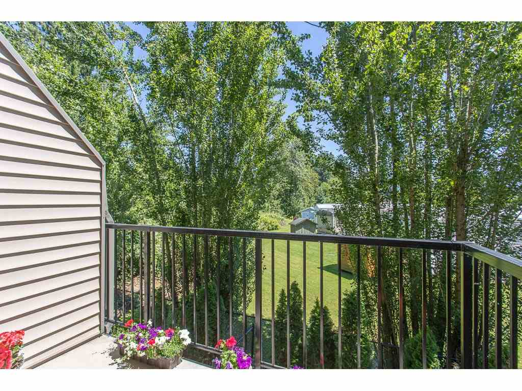 Townhouse at 52 45085 WOLFE ROAD, Unit 52, Chilliwack, British Columbia. Image 2