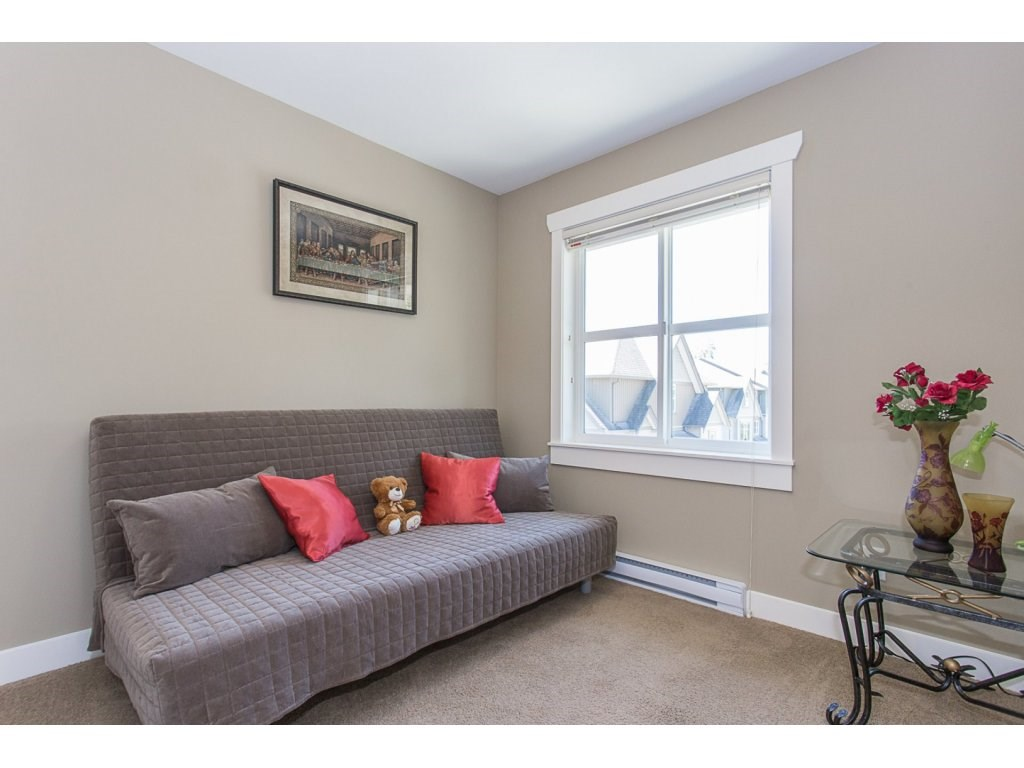 Townhouse at 52 45085 WOLFE ROAD, Unit 52, Chilliwack, British Columbia. Image 12
