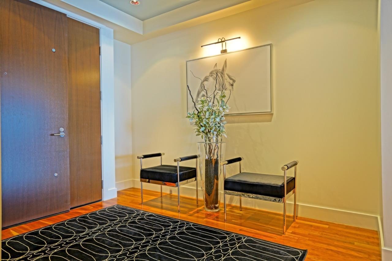Condo Apartment at 3301 1077 W CORDOVA STREET, Unit 3301, Vancouver West, British Columbia. Image 5