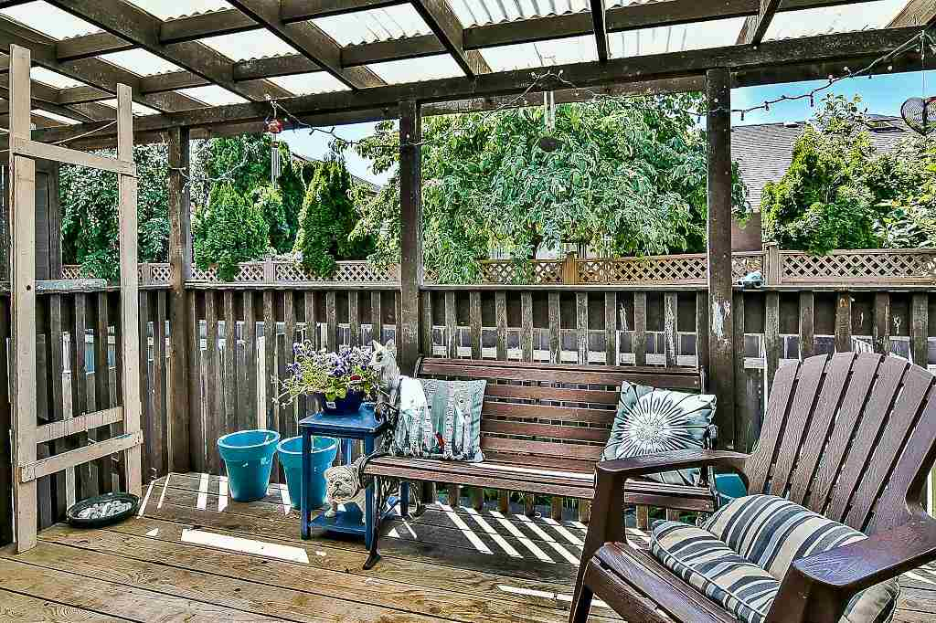 Townhouse at 14 11735 89A AVENUE, Unit 14, N. Delta, British Columbia. Image 2