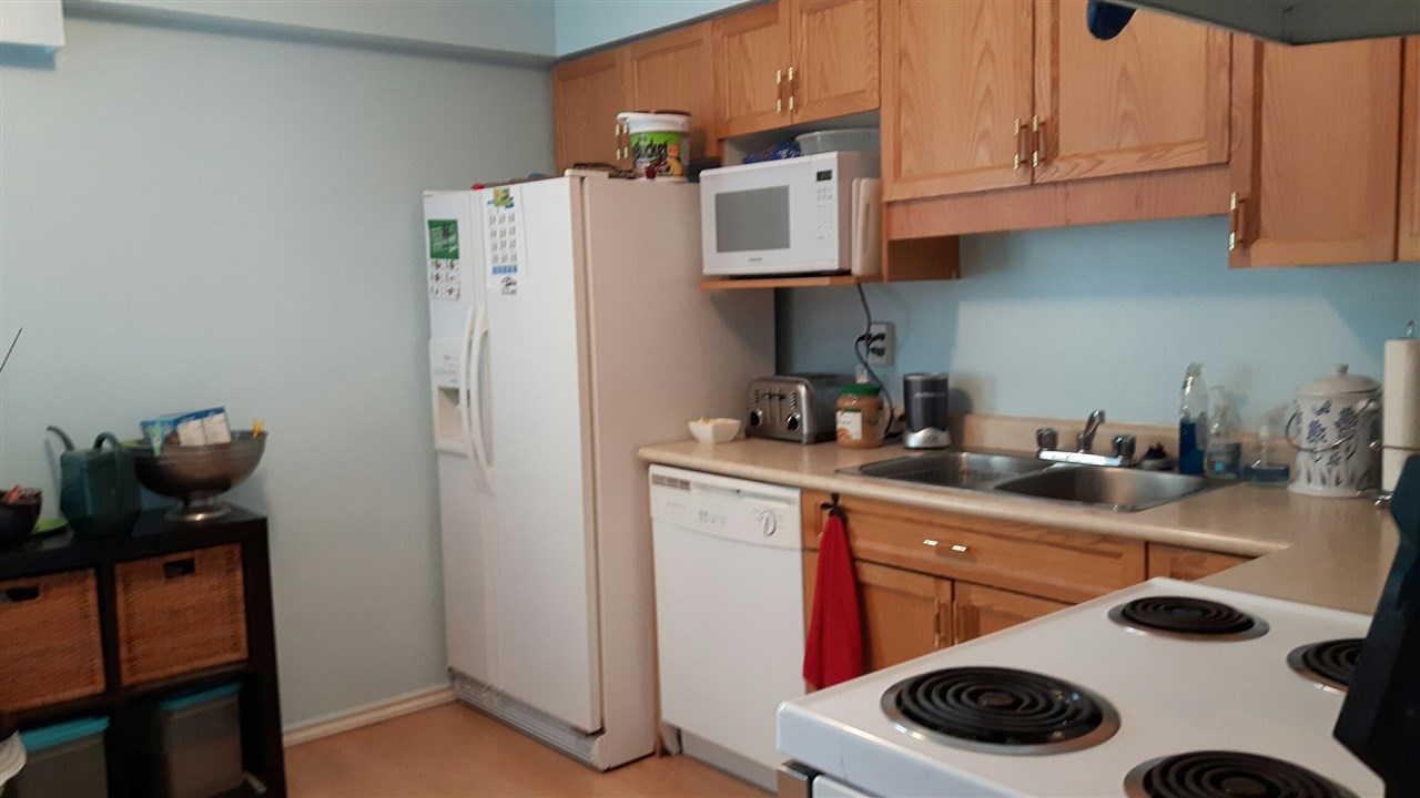 Townhouse at 14 11735 89A AVENUE, Unit 14, N. Delta, British Columbia. Image 9