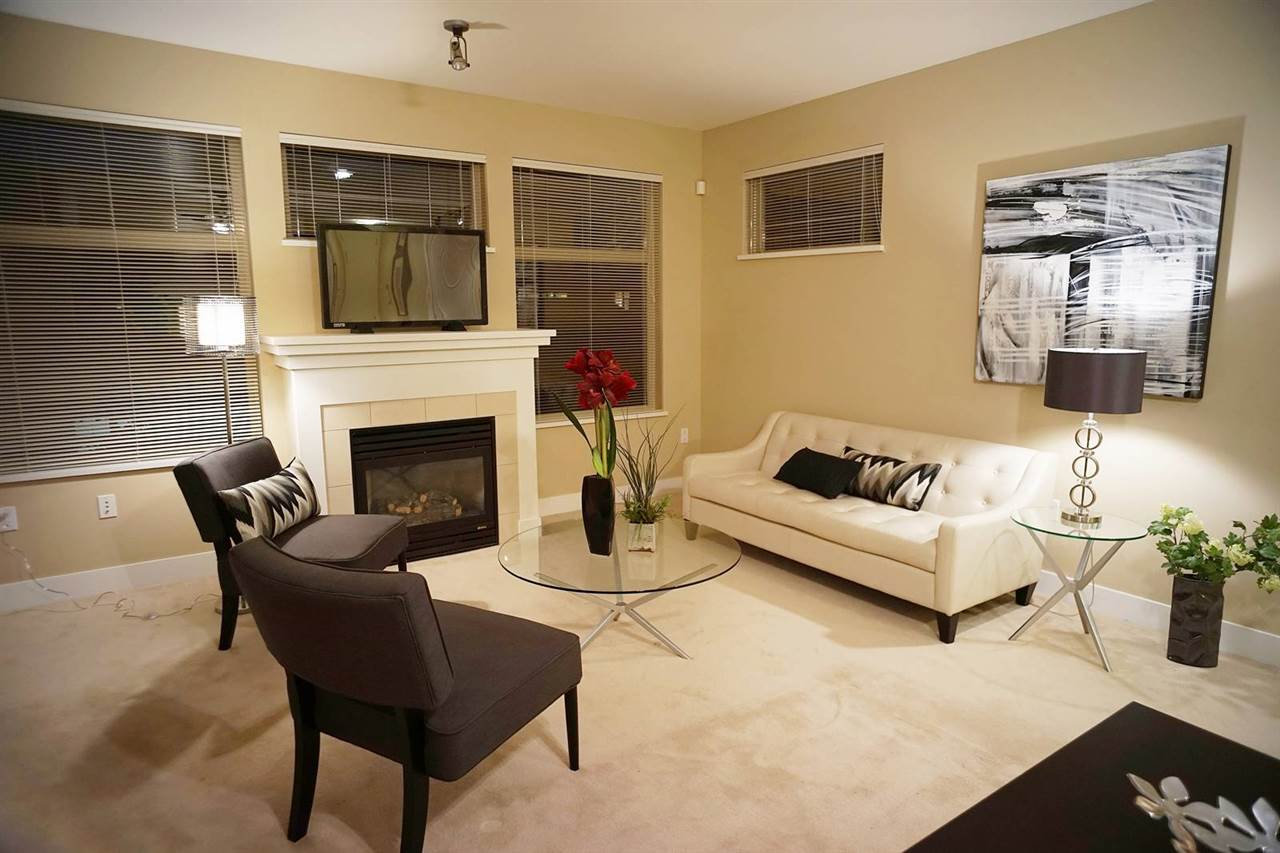 Condo Apartment at 418 2083 W 33RD AVENUE, Unit 418, Vancouver West, British Columbia. Image 4