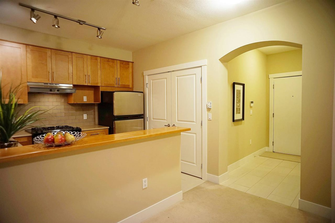 Condo Apartment at 418 2083 W 33RD AVENUE, Unit 418, Vancouver West, British Columbia. Image 7