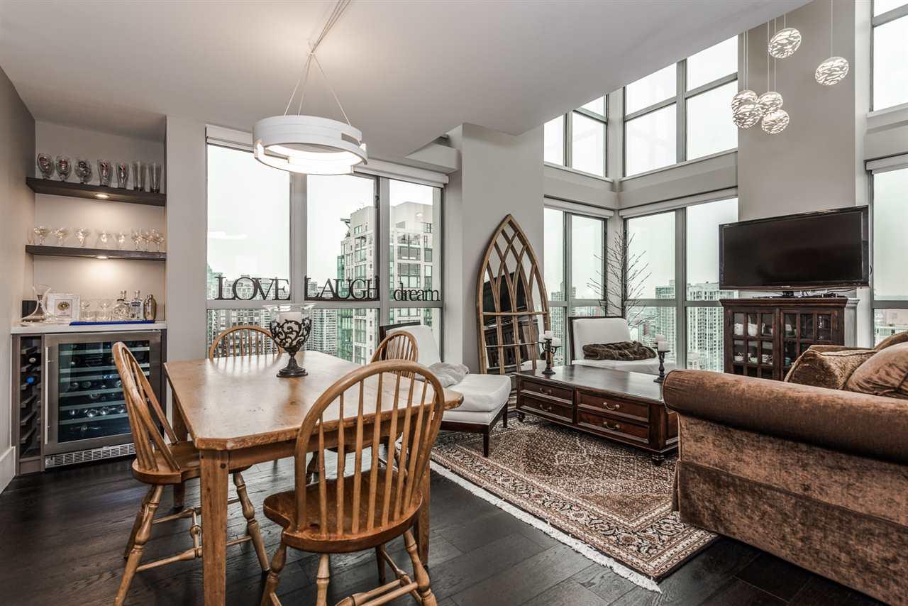 Condo Apartment at 2404 1238 RICHARDS STREET, Unit 2404, Vancouver West, British Columbia. Image 2