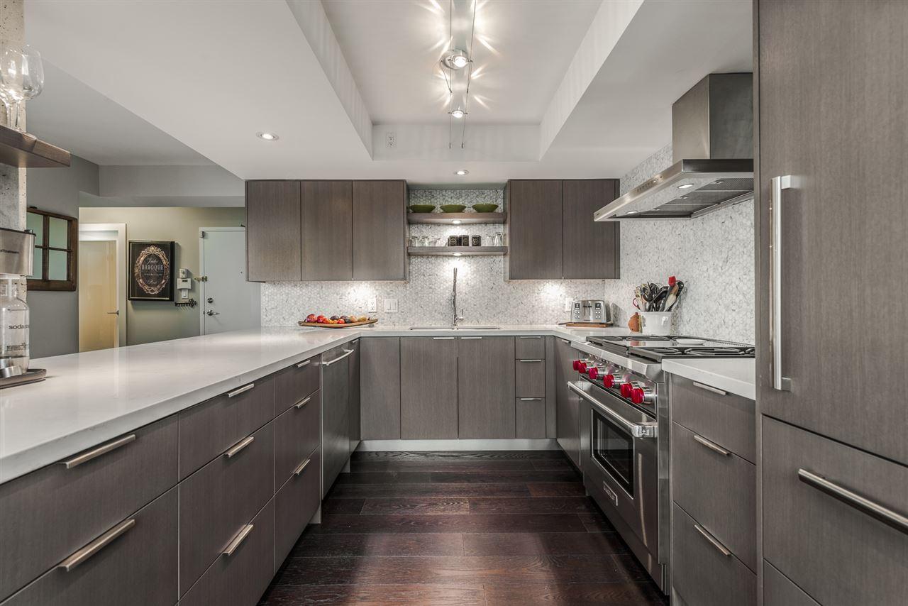 Condo Apartment at 2404 1238 RICHARDS STREET, Unit 2404, Vancouver West, British Columbia. Image 5