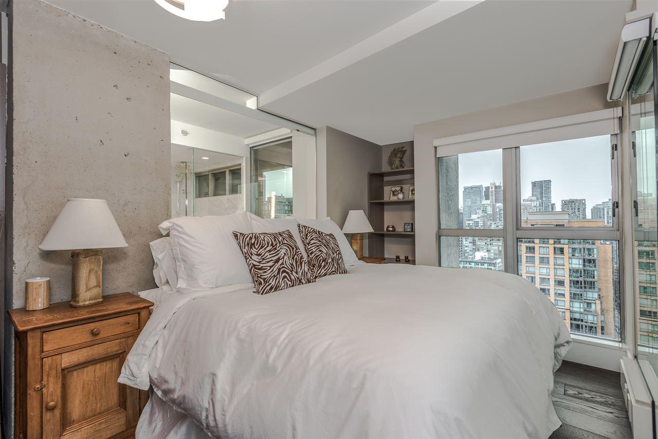 Condo Apartment at 2404 1238 RICHARDS STREET, Unit 2404, Vancouver West, British Columbia. Image 9