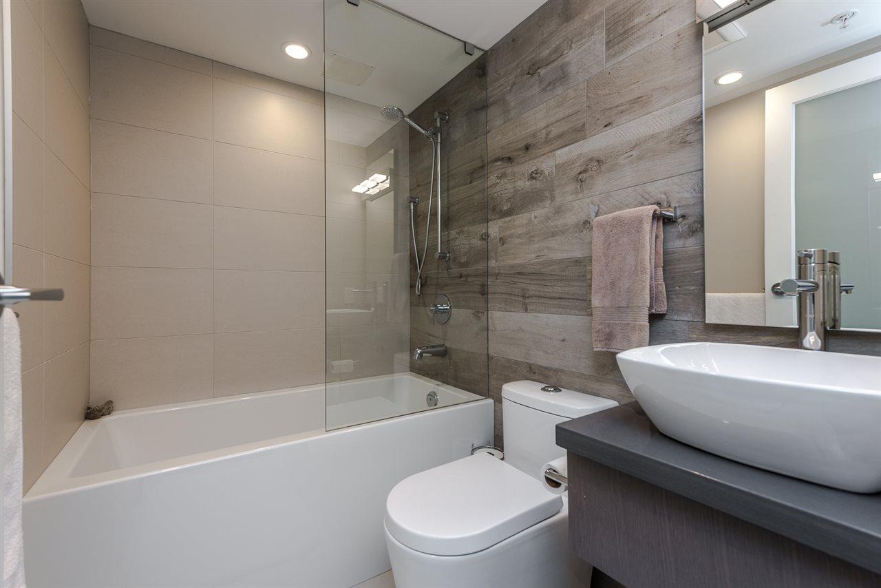 Condo Apartment at 2404 1238 RICHARDS STREET, Unit 2404, Vancouver West, British Columbia. Image 14