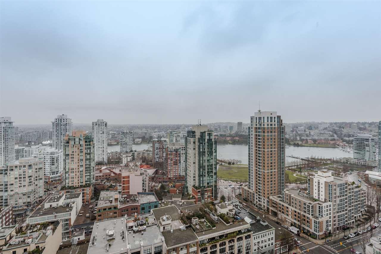 Condo Apartment at 2404 1238 RICHARDS STREET, Unit 2404, Vancouver West, British Columbia. Image 15