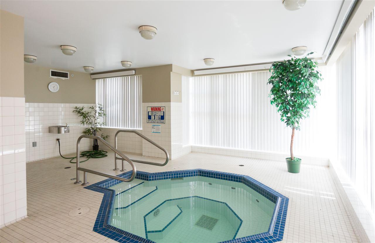 Condo Apartment at 1304 4388 BUCHANAN STREET, Unit 1304, Burnaby North, British Columbia. Image 9