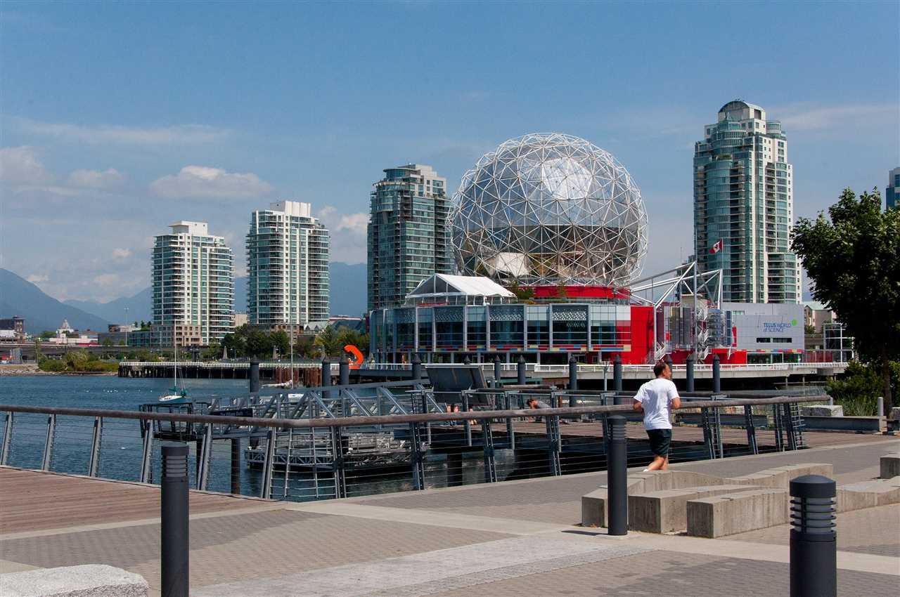 Condo Apartment at 310 1661 ONTARIO STREET, Unit 310, Vancouver West, British Columbia. Image 5