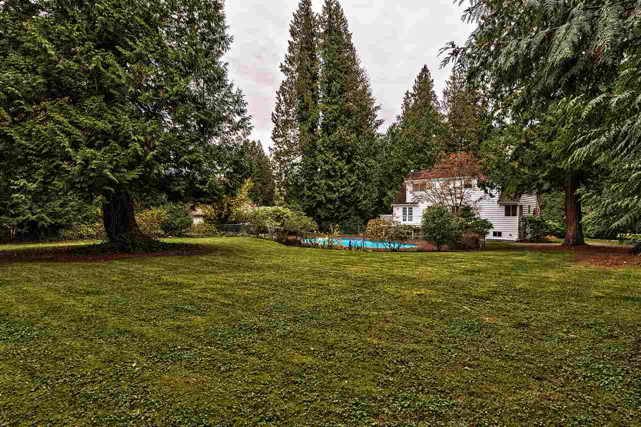 Detached at 3023 BALSAM CRESCENT, South Surrey White Rock, British Columbia. Image 1