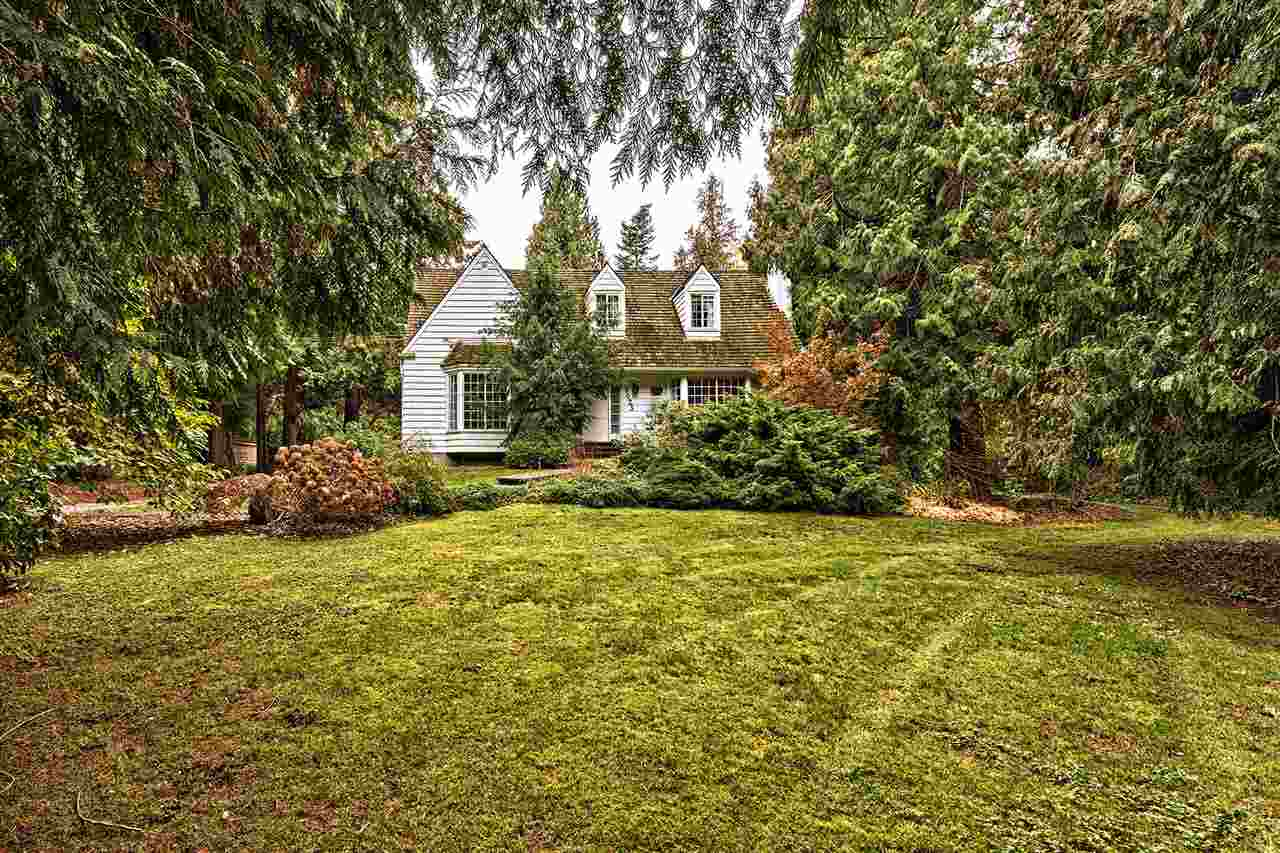 Detached at 3023 BALSAM CRESCENT, South Surrey White Rock, British Columbia. Image 2