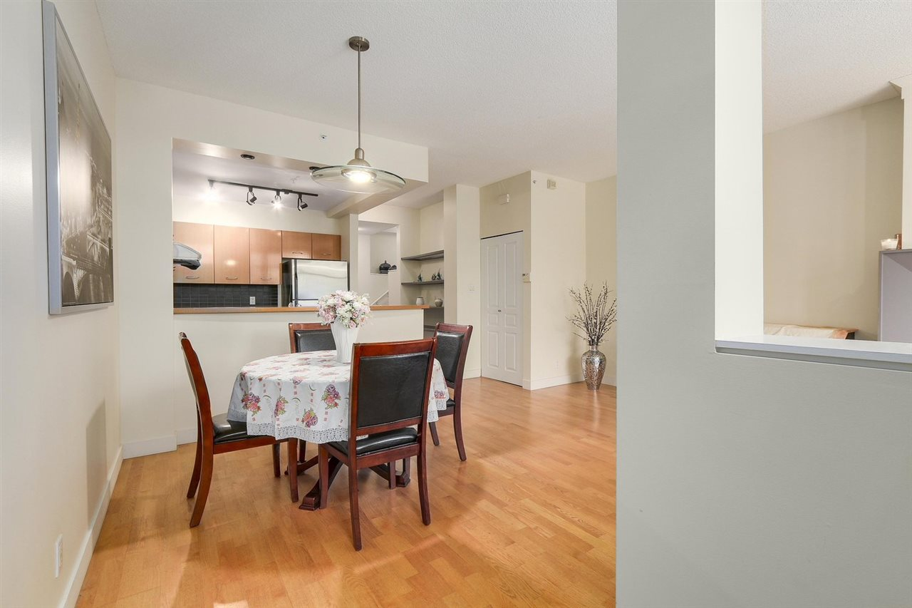 Townhouse at 2276 REDBUD LANE, Vancouver West, British Columbia. Image 3