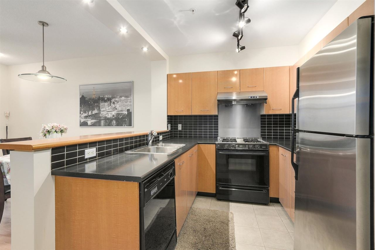 Townhouse at 2276 REDBUD LANE, Vancouver West, British Columbia. Image 11