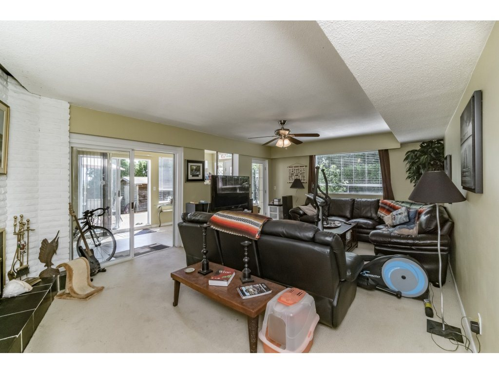 Detached at 1350 PARKER STREET, South Surrey White Rock, British Columbia. Image 14